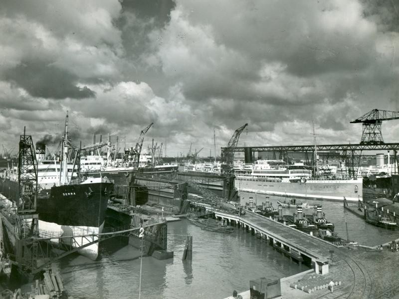 RDM met de Dockyards op de voorgrond