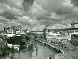 RDM met Dockyard schepen op voorgrond